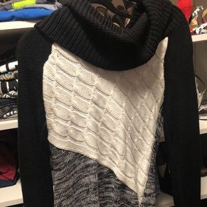 The Limited Black Gray Cream Sweater